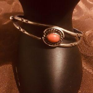 Navajo Sterling Silver coral vintage bracelet